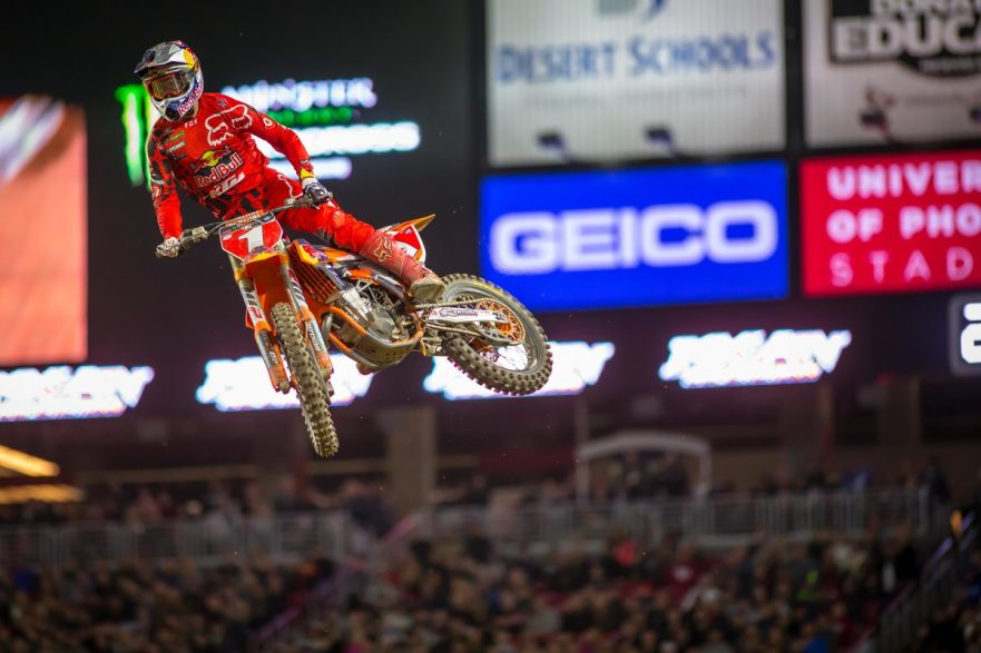 Monster Energy AMA Supercross Championship Oakland 2017
